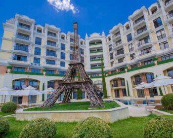 luxury complex Romance Paris